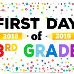 First Day Of School Signs   Free Printables   Happiness Is Homemade   My First Day Of Kindergarten Free Printable