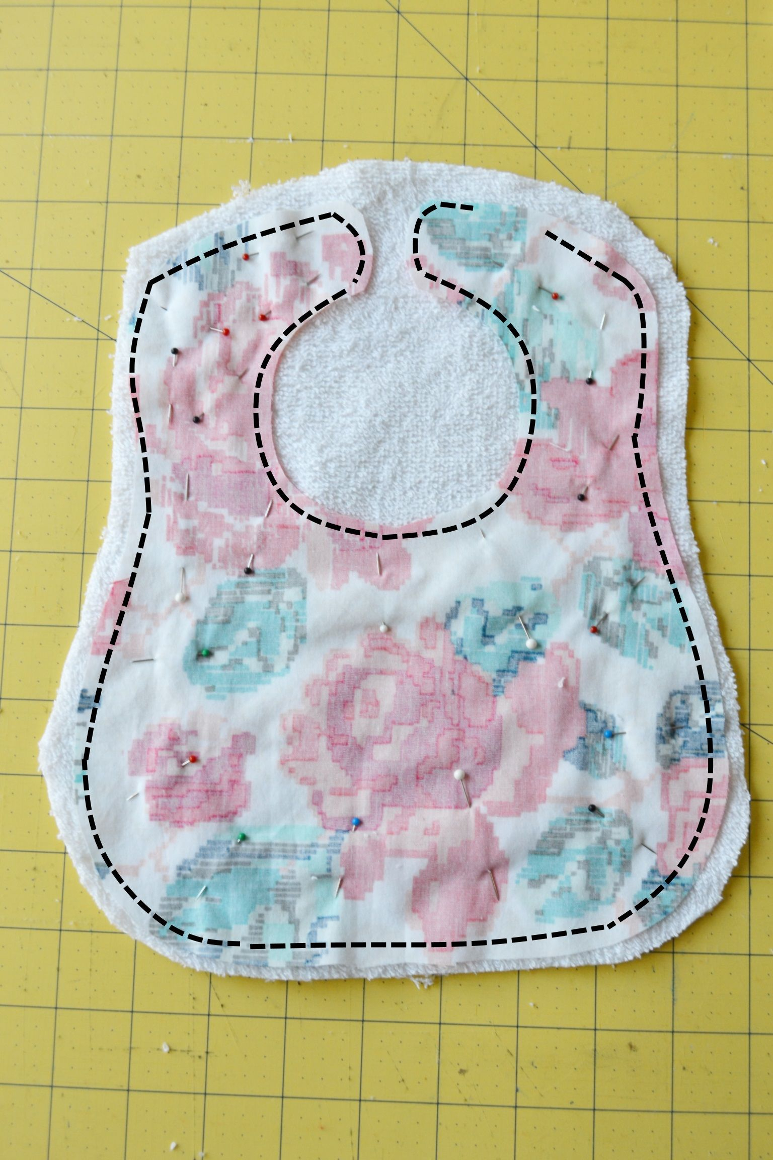 Free Printable Bib Pattern And Tutorial. Print Out This Bib Pattern - Free Printable Bib Pattern