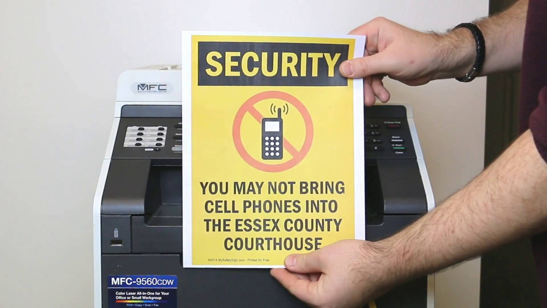Free Security, Cctv And No Trespassing Signs - Printable Video Surveillance Signs Free