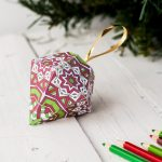 How To Make A Christmas Ornament (Free Printable Template)   Free Printable Christmas Decorations
