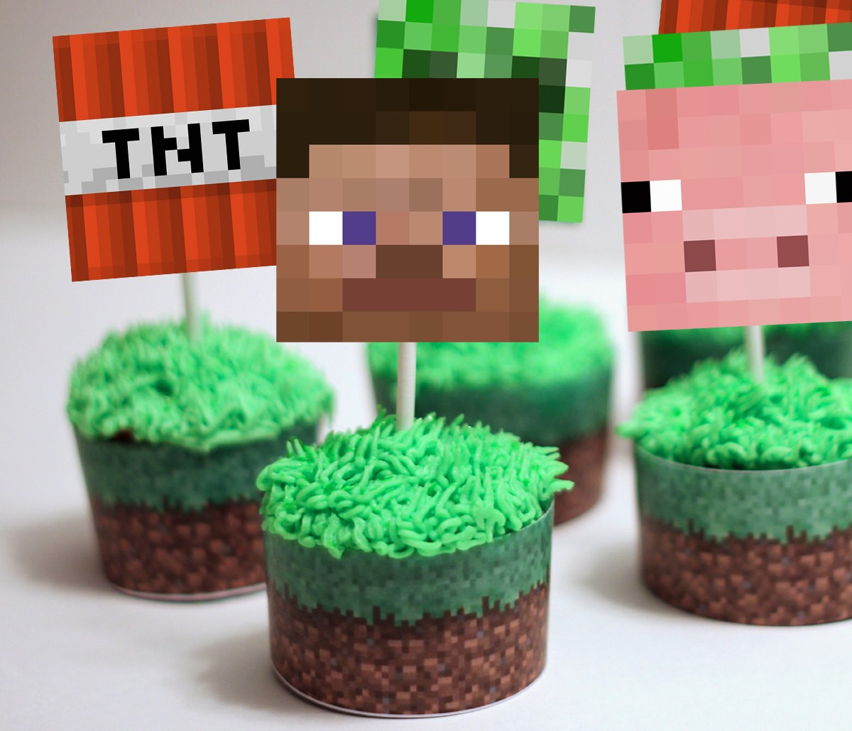 Minecraft Cupcake Toppers & Wrappers - Magical Printable - Free Printable Minecraft Cupcake Toppers And Wrappers