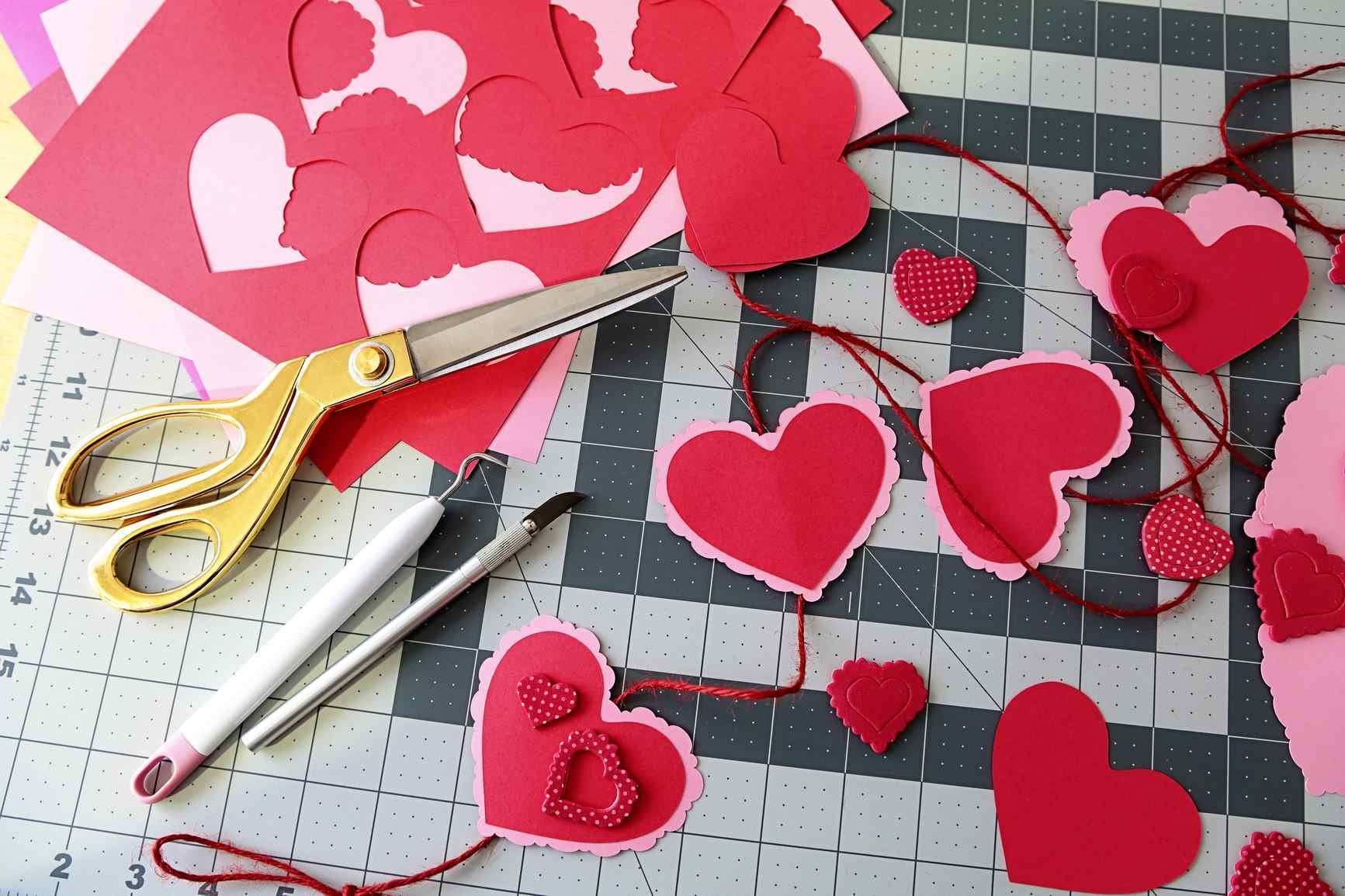 Valentines Day Books For Kids 6 Free Printable Heart Templates - Free Printable Valentine's Day Stencils